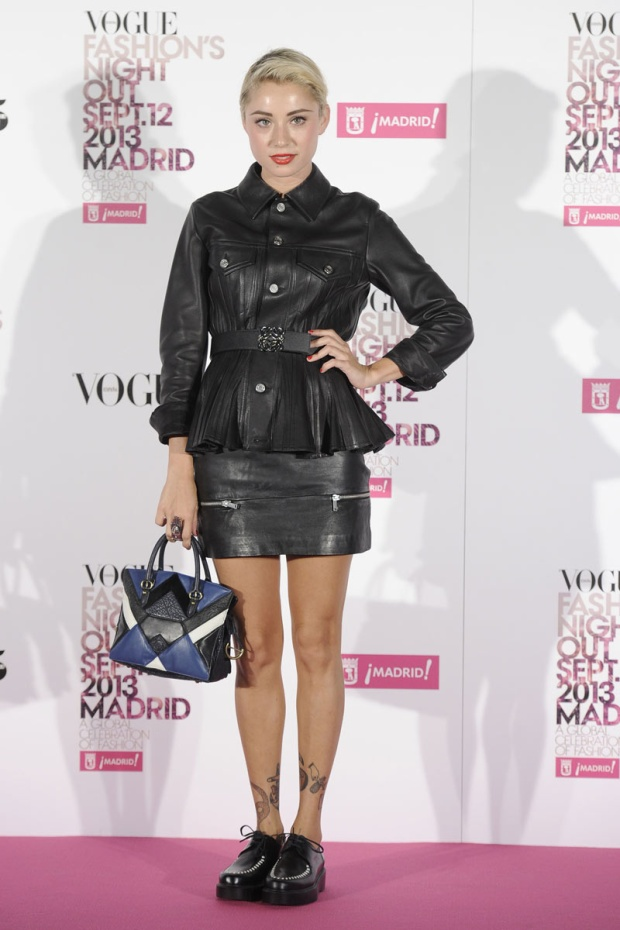celebrities_y_modelos_en_vogue_fashions_night_out_583149734_800x
