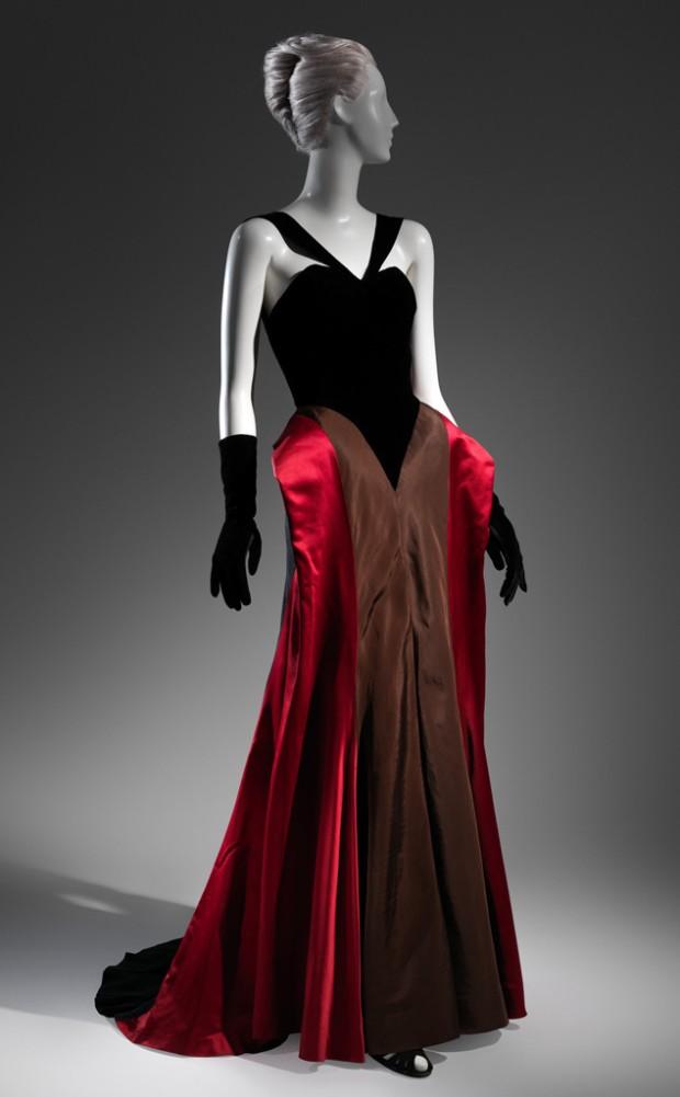 Vestido de Noche (1946)